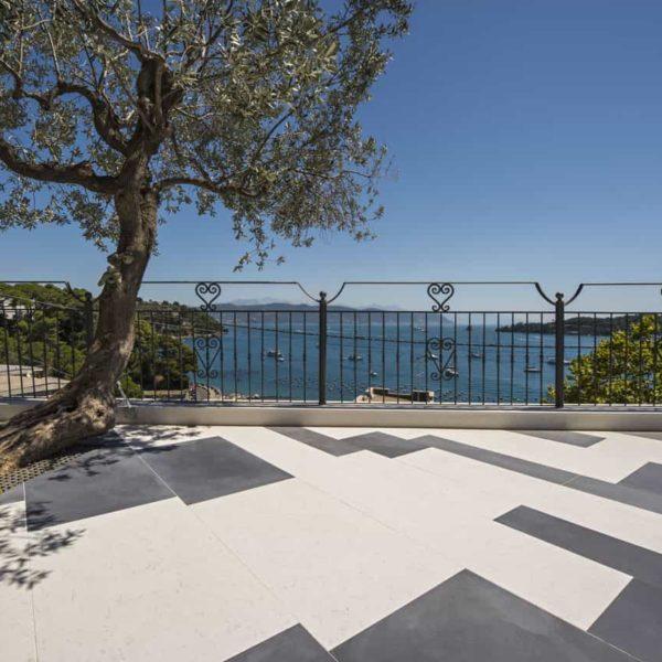 lapitec sintered stone - outdoor paving